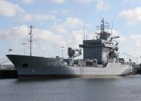 Tender Mosel an der Tirpitzmole im Stützpunkt Kiel