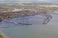 Ausländische Marineeinheiten sind zu Besuch im Marinestützpunkt Kiel zur Kieler Woche 2009