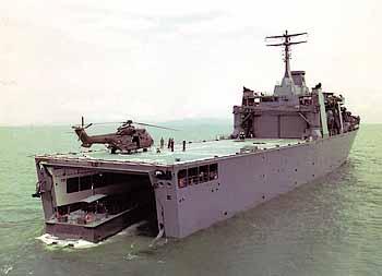 Marineforum - von STM für die Marine Singapurs gebautes Docklandungsschiff (Foto: STM)