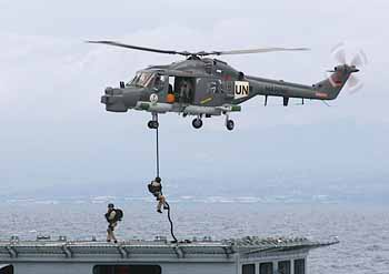 Boarding von Sea Lynx (Foto: dt. Marine)