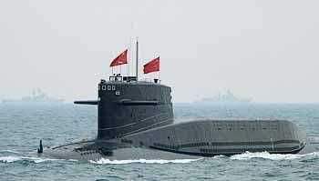 Atom-U-Boot LANGER MARSCH (XIA-Klasse) bei der Flottenparade