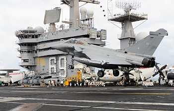 Marineforum - Rafale landet auf der EISENHOWER (Foto: US Navy)