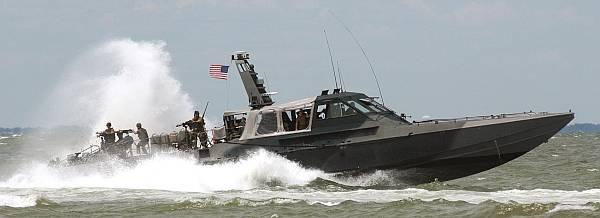 Marineforum - Einsatz mit einem PEGASUS MK 5 Fast Insertion Craft (Foto: US Navy)