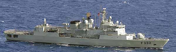 Marineforum - portugiesische Fregatte CORTE REAL (Foto: US Navy)
