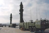 Sinodefence - Internet Photo von zwei DF-25 Raketen in ready-to-launch Position<br /> (Quelle: Chinese Internet)