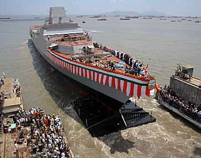 Marineforum - Stapellauf der CHENNAI (Foto: Mazagon / Rediff)