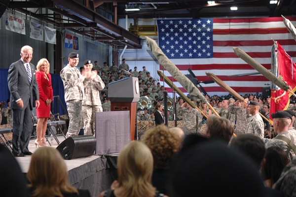 USA — Vice President, Dr. Biden Welcome Soldiers Home at FortDrum