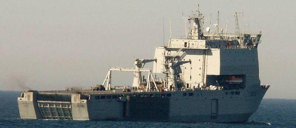 Marineforum - LARGS BAY (Foto: Deutsche Marine)