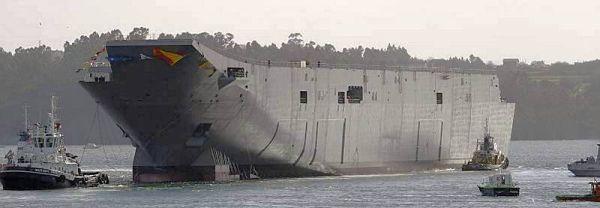 Marineforum - Rumpf der CANBERRA zu Wasser (Foto: austr. Marine)