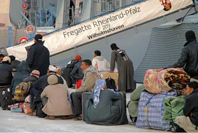 Marineforum - Einschiffung von Flüchtlingen (Foto: PIZ Marine)