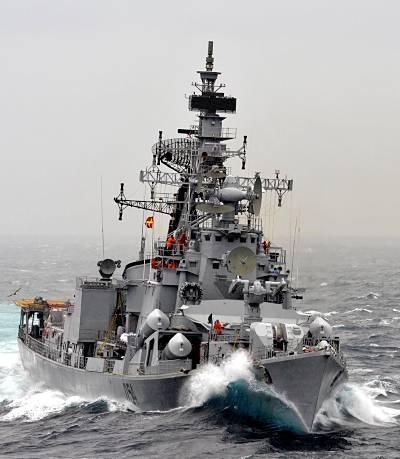 Marineforum - indischer Zerstörer RANVIR (Foto: Austr. Marine)