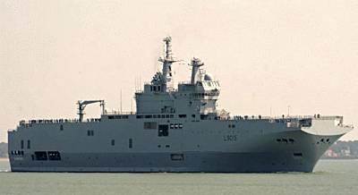 Marineforum - DIXMUDE läuft zur ersten Probefahrt aus (Foto: Bernard Prezelin)