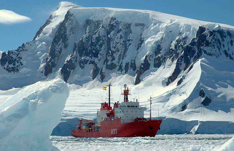Spanien — Forschungsschiff HESPERIDES auf mehrmonatiger Fahrt in die Antarktis