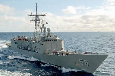 Marineforum - SAMUEL B. ROBERTS (Foto: US Navy)