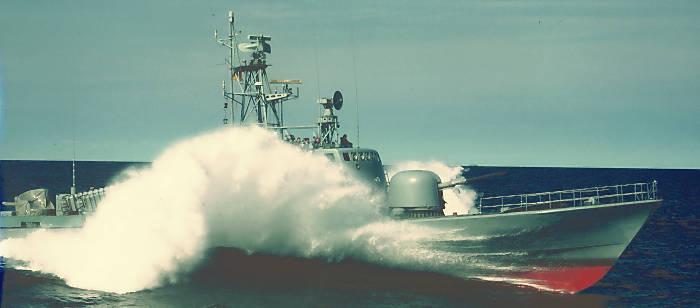 Schnellboot-Fahren ...