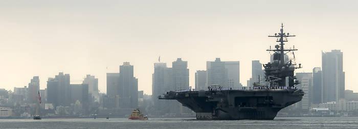 'Carl Vinson' - einer von künftig 12 Flugzeugträgern (Foto: US Navy)