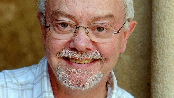 15 Jahre Kooperation mit dem MarineForum — Klaus Mommsen tritt in den Ruhestand
